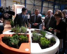 Mme ministre Michèle Delaunay visite la fabrication de verdurable au GMI (Groupe Maillard Industrie) à Autechaux (25)