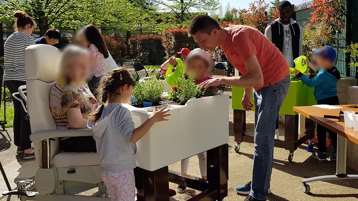 jardinage-intergenerationnel-hopital-dupuytren