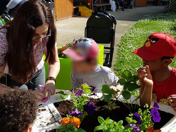 transmission connaissance-jardinage intergenerationel 2018