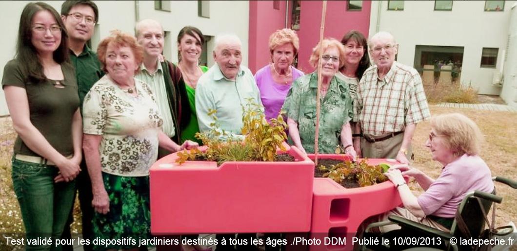 Labège Les pensionnaires de la maison de retraite testent les jardinières mobiles DR ladepeche