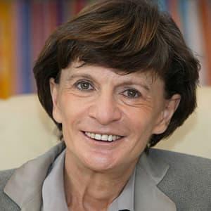 Mme Michèle Delaunay, alors ministre déléguée chargée des personnes âgées et de l'autonomie