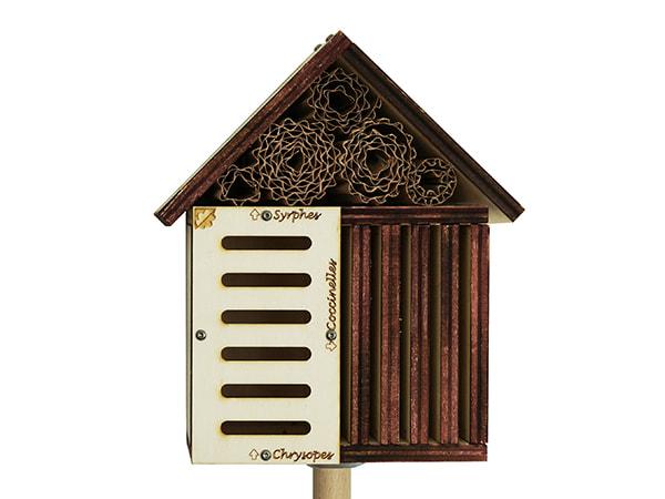 gîte à insectes DIY détail