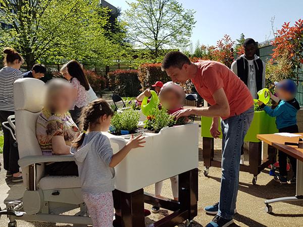 jardin intergénérationnel à l'hopital Dupuytren 04-2018