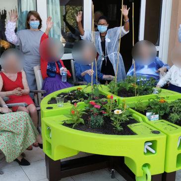 Jardin thérapeutique vient embellir l'Orpéa Léonard De Vinci à Courbevoie